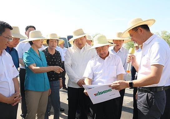 甘肃省委副书记、省长唐仁健率团在张掖观摩督查项目建设