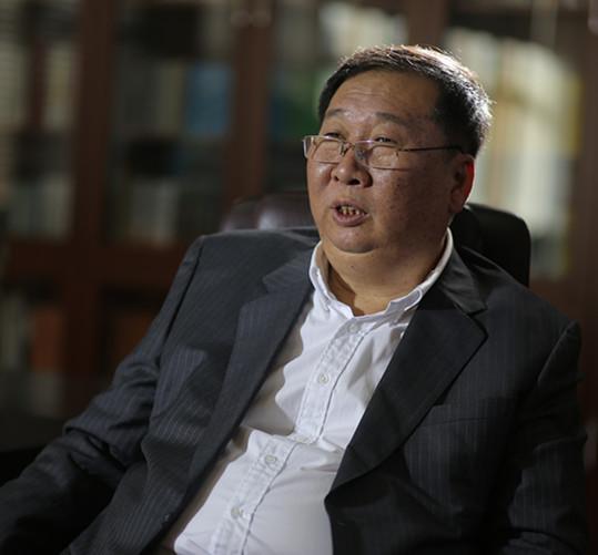 记陕西省工商联副主席、陕西uwin电竞app果业发展股份有限公司董事长高亮